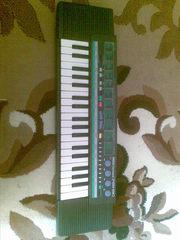 синтезатор YAMAHA PortaSound PSS 190
